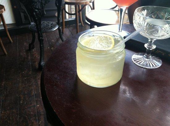 Monk Cocktail Bar: bootleggers lemonade: made with smoke even!