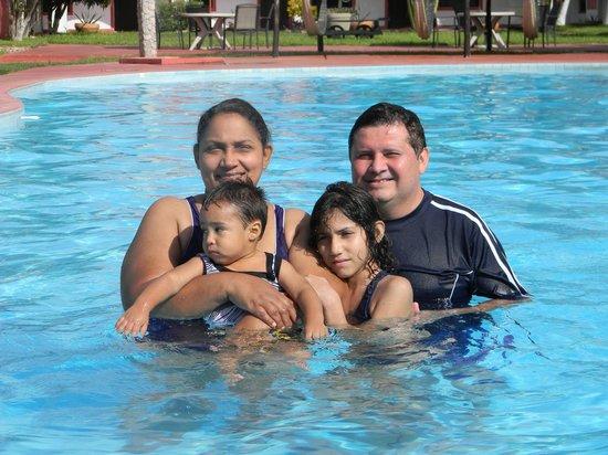 Hacienda Inn Aeropuerto: pool