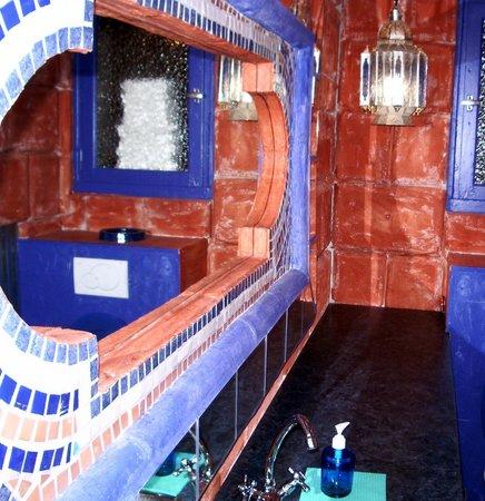 Corto Bar Restaurant: wc très chic