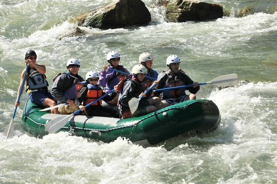Geyser Whitewater Expeditions: Whitewater fun!