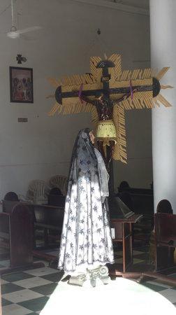 Aracataca, Colombia: Im Inneren der KIrche