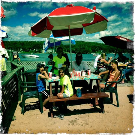Town Docks Restaurant: lunch in the sand! love the casual atmosphere, the great food, and the super friendly service!