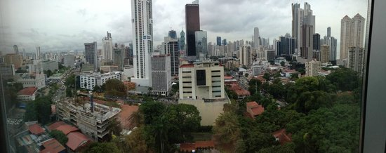 Marriott Executive Apartments Panama City, Finisterre: view from penthouse apartments