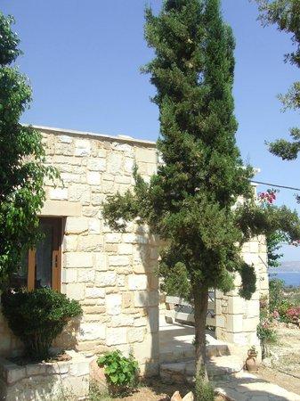 St. George's Retreat Village: Entrance to villa calliope