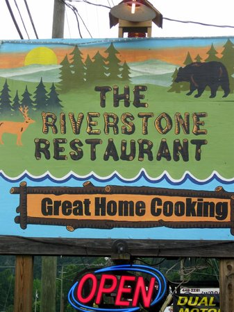 Riverstone Family Restaurant: Outside Signage