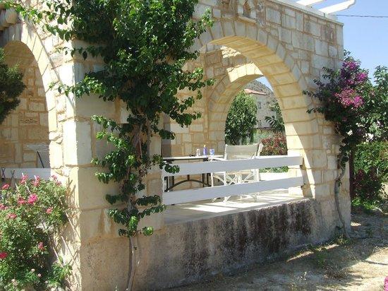 St. George's Retreat Village: Villa Calliope balacony