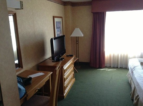Embassy Suites by Hilton Omaha - Downtown/Old Market: Bedroom