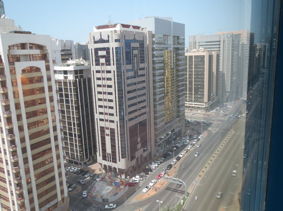 Mercure Abu Dhabi Centre Hotel: From our room