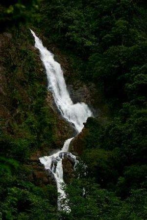 Catarata Bijagual : BIJAGUAL WATERFALL