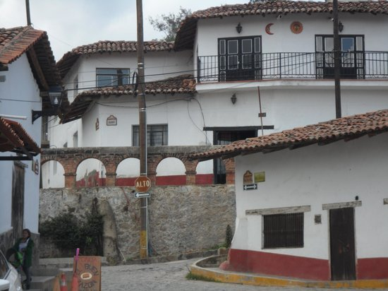 Hotel La Casona: esuqina Tapalpa