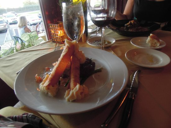 Pope's Tavern at the Oxford Inn : New York Strip Steak with lobster bearnaise & cannoli mashed potato