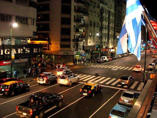 Hostel Suites Obelisco : Avenida Corrientes