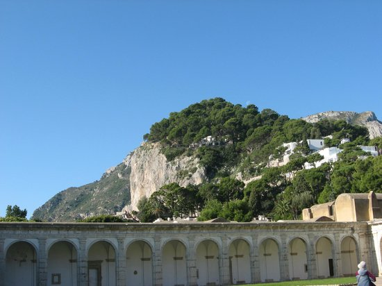 La Certosa di San Giacomo: stunning views from the courtyard