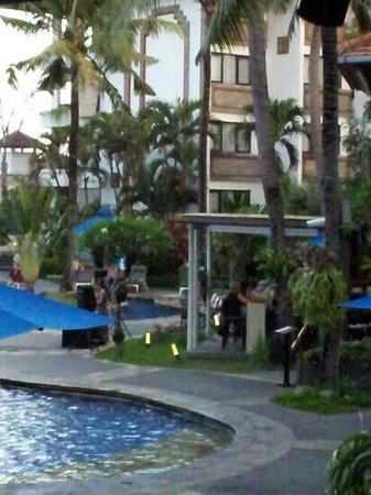 Sanur Paradise Plaza Suites: the pool area