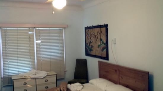 Hotel Del Flores : room del flores hotel bervely hills!