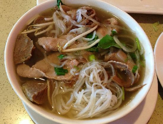 Pho Vu: Combo with added Meatballs