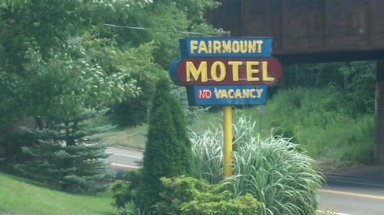 Fairmount Motel: This motel is a true gem! LOVE this place!