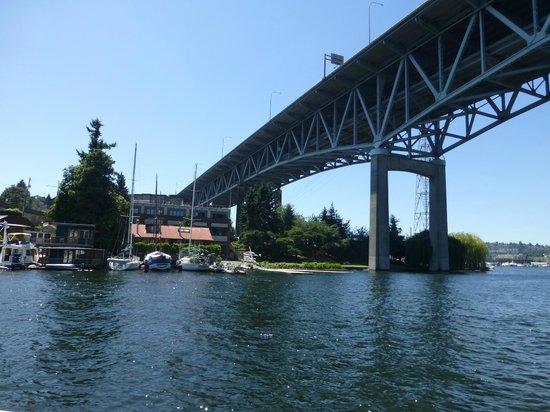 Argosy Cruises - Lake Union : One of the many bridges