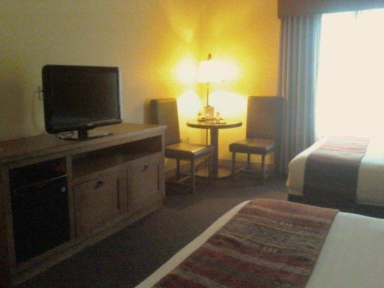 Santa Claran Hotel Casino: Room