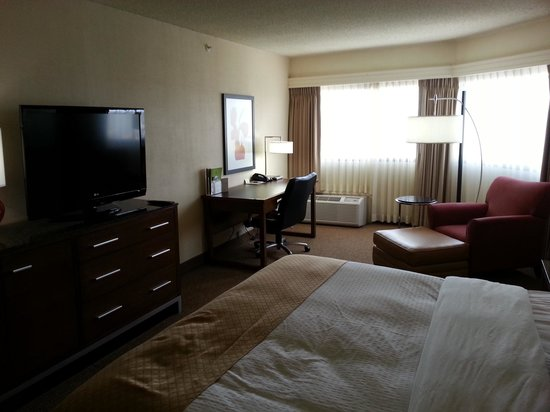 DoubleTree by Hilton Hotel Spokane City Center: Overall Room
