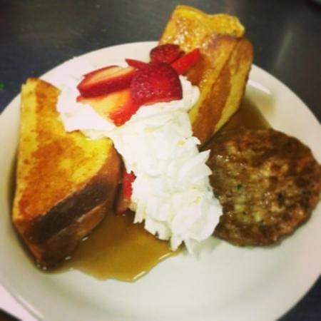 One Bistro: Strawberry shortcake French toast