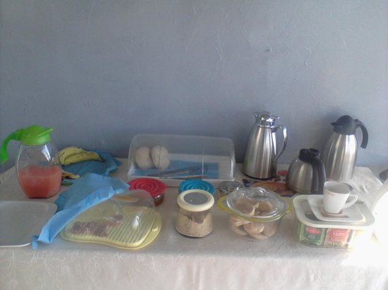 Residencial Nazare : Needs more imagination for breakfast