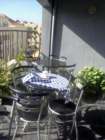 Residencial Nazare : The breakfast balcony