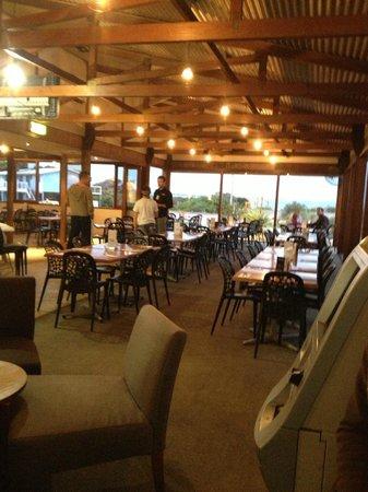 Marion Bay Tavern: Interior of the restaurant