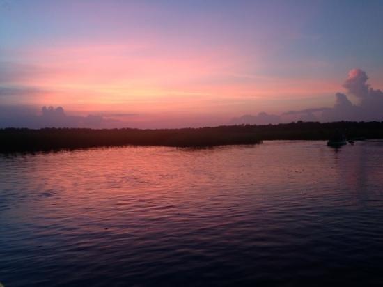 Summertide Adventure Tours: sunset