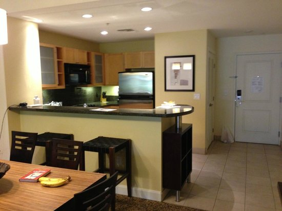 The Westin Kierland Villas: Premium Room, Kitchen