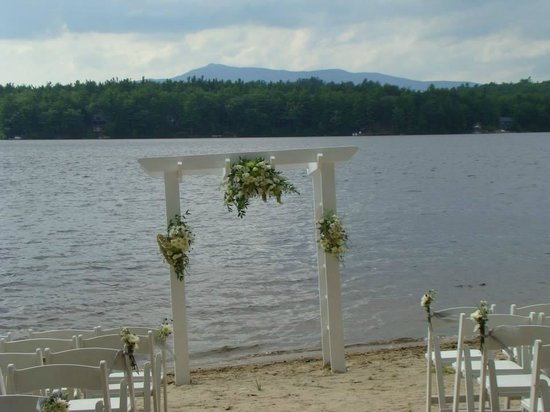 Woodbound Inn: Ceremony Site!