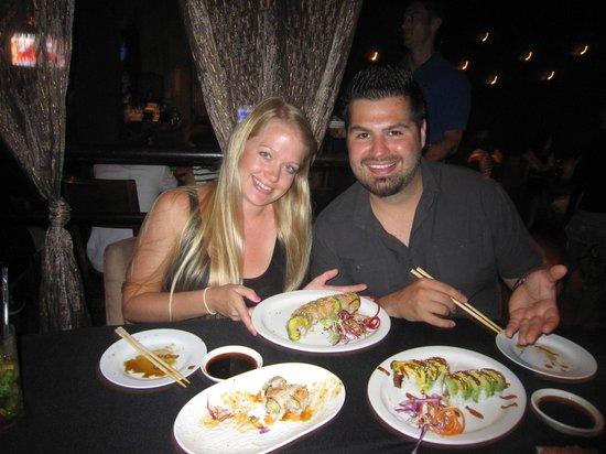 Tsunami Sushi: Poly & Snicks!!