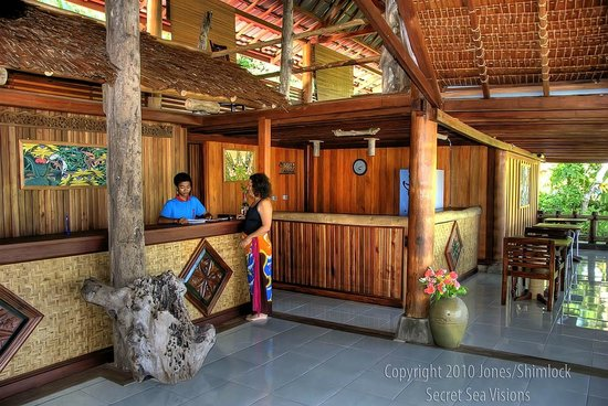 Raja Ampat Dive Lodge: front desk area