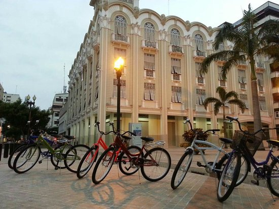 El Manso - Guayaquil & Santay Bicycle Trips: One of our favorite stops!