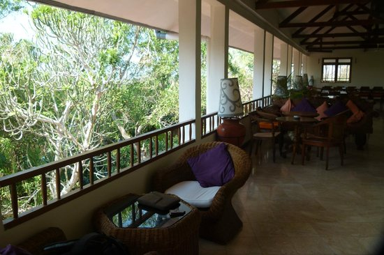 Udayana Kingfisher Eco Lodge: An impression of the Restaurant and its view