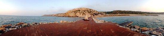 Esentepe, قبرص: Korineum Beach deck