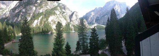 Hotel Pragser Wildsee: vista dalla camera 4°piano