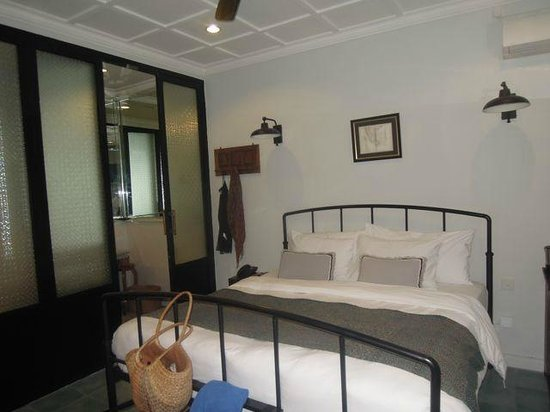 Brown Feather Hotel: standard room
