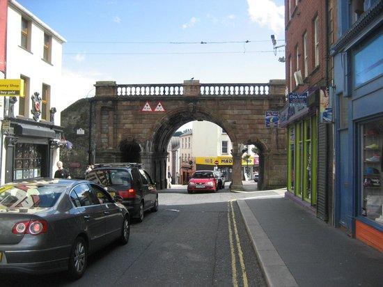 Ferryquay Gate: Daily commute