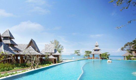 Phuket Island Resorts - Where to Stay in Phuket