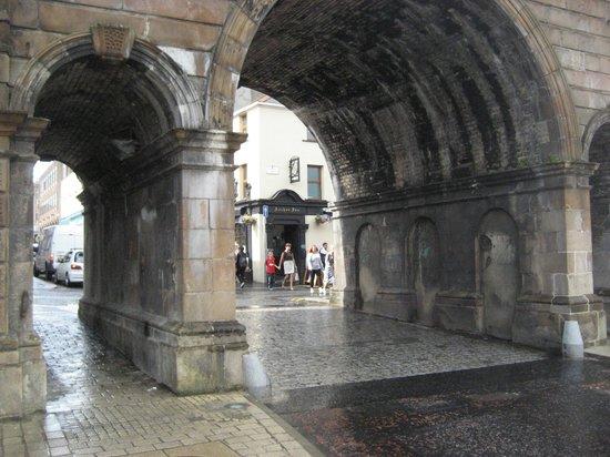 Ferryquay Gate