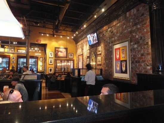 Interior of bjs picture bj s restaurant brewhouse
