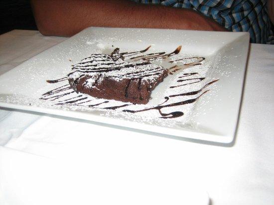 Le Petillant: шоколадный торт