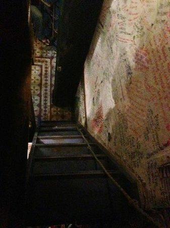 Porque no?: the stairs