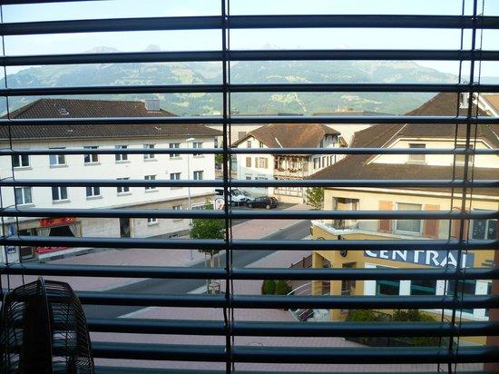 Hotel Linde: Чудесный вид  из окна на Швейцарские Альпы