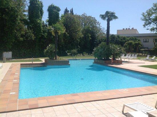 Hipotels Sherry Park : piscine extérieure
