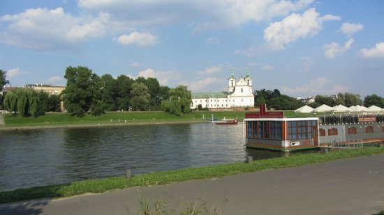 Hilton Garden Inn Hotel Krakow: Vistoulas the beautiful river of Krakow is very near to Hilton Garden Inn  Hotel