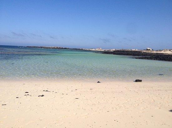 Flag beach picture of oasis duna hotel corralejo tripadvisor for Oasis swimming pool swindon prices