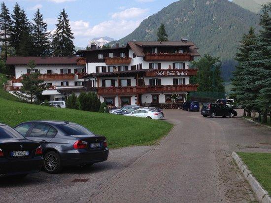 Hotel Cima Dodici: Vista dell'Hotel