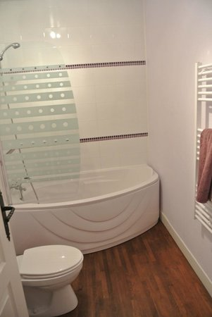 Les Portails Bleus : Badezimmer Lavender-Room
